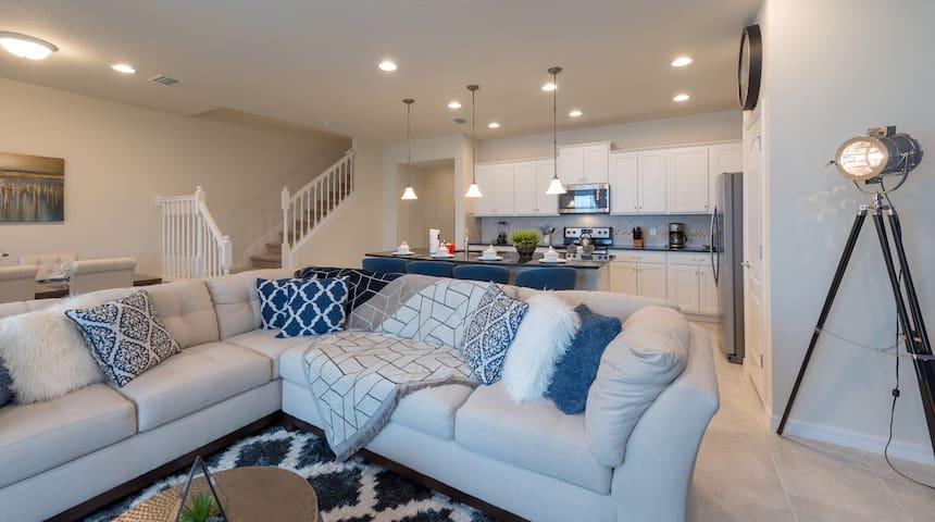 Casa 5 quartos com Piscina Num resort em Orlando