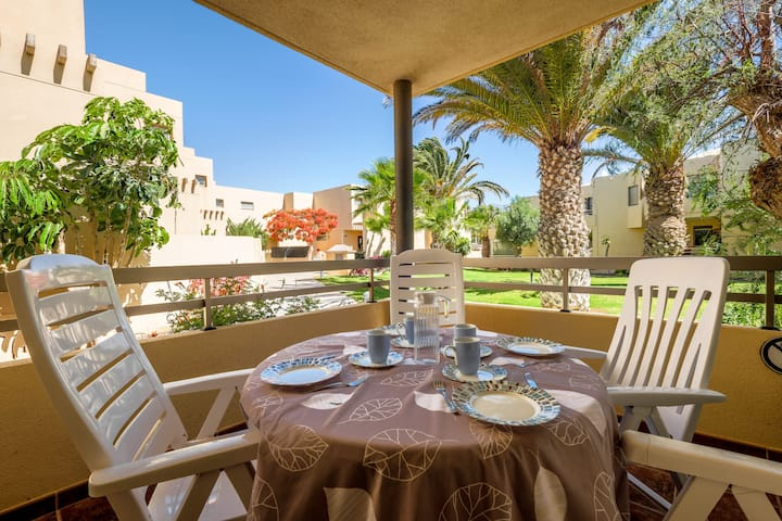 Holiday Home La Tejita Beach with Pool, Wi-Fi & Terrace; Parking Available