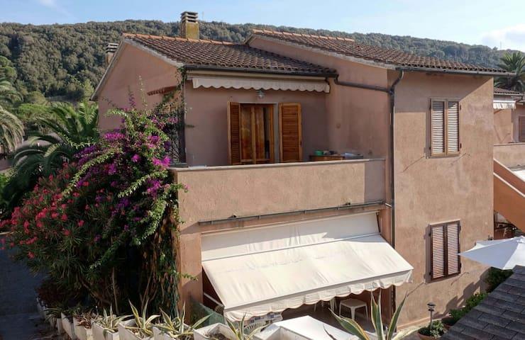 Appartamento - La Baia Bianca -  - Bagnaia - House