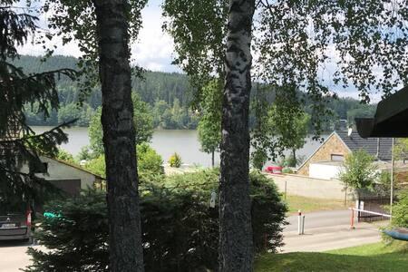 Chatka Frymburk u Lipenského jezera