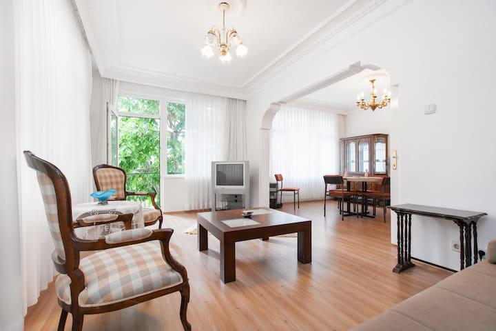 Prince Island - Burgazada /Istanbul - İstanbul - Apartment