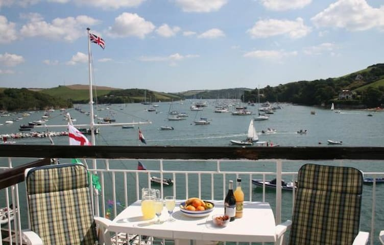 Waterside Studio Apartment  - Salcombe - Daire