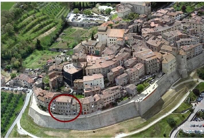 Appart. storico sulle mura di Anghiari - Anghiari - Apartament