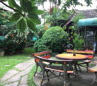 Baanbua guest house
