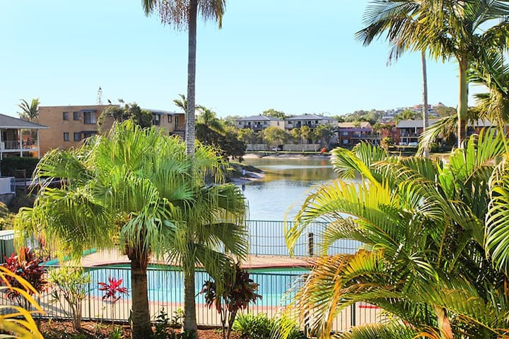 Canal front Mooloolaba Apartment