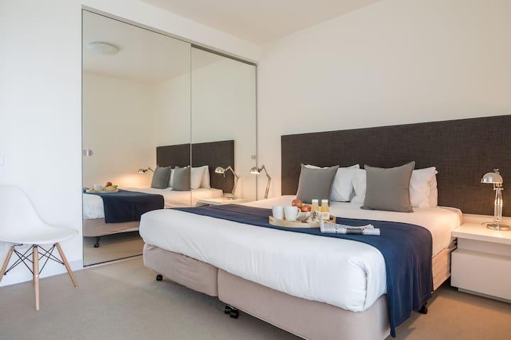 Deluxe 1 Bedroom - Southbank - Apartmen
