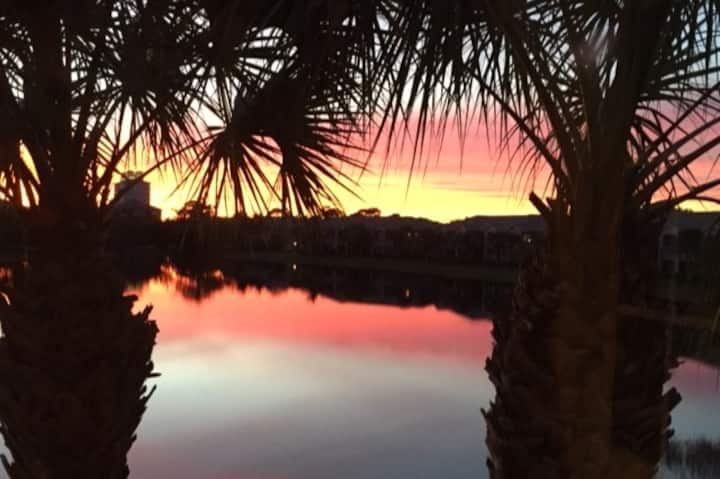 Gorgeous Sunsets with Unlimited Golf Option