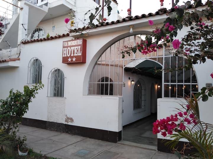 Hotel Vía Morburg Nazca Perú