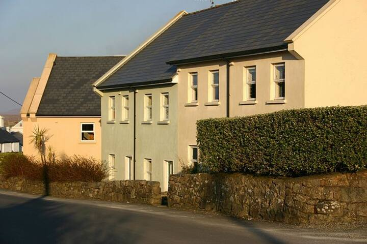 Cottage 267 Roundstone - Roundstone