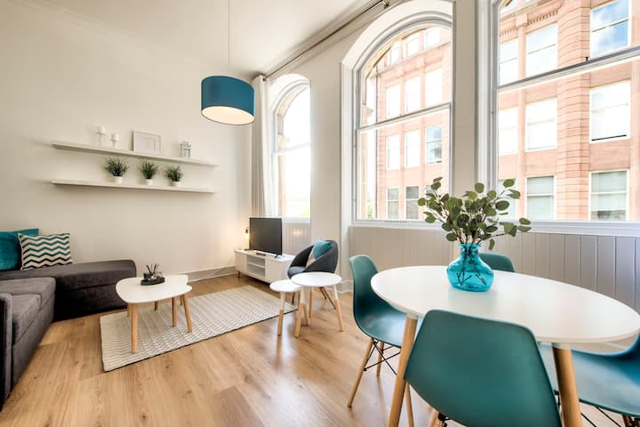 Modern 1 Bed Apartment in Merchant City sleeps 2/4