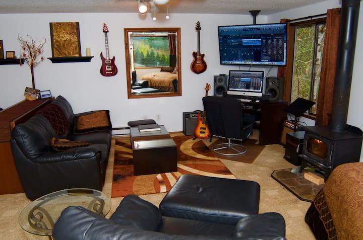 Twin Peaks... The Snoqualmie Falls Studio