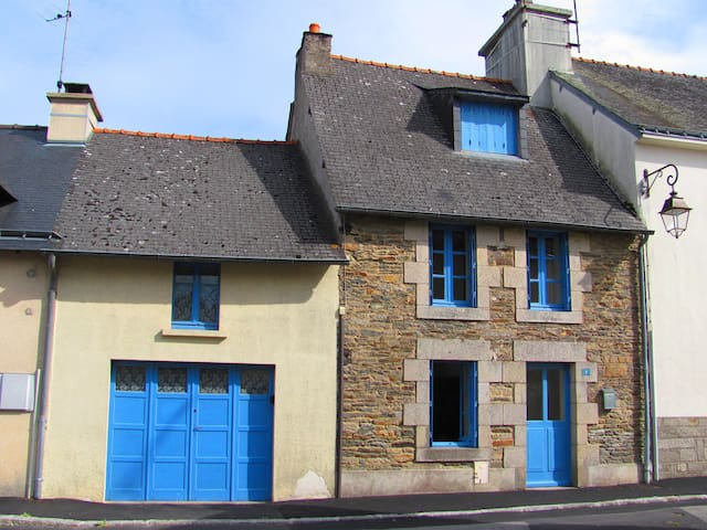 Maison Bleue - Josselin - Casa