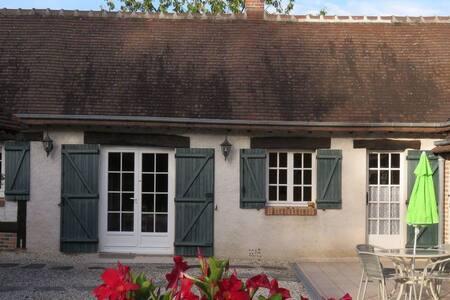"""Maisonnette """"Le Sequoia"""" - Souvigny-en-Sologne"""