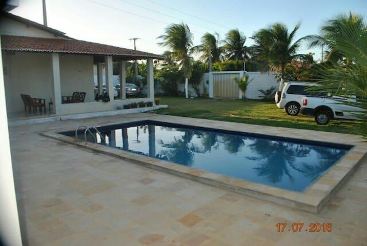 Wonderfull and clean beach house in Morro Branco. - Beberibe - Dům