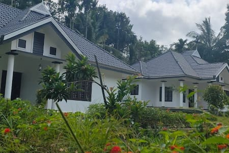 WAYANAD STAY  WITH POOL