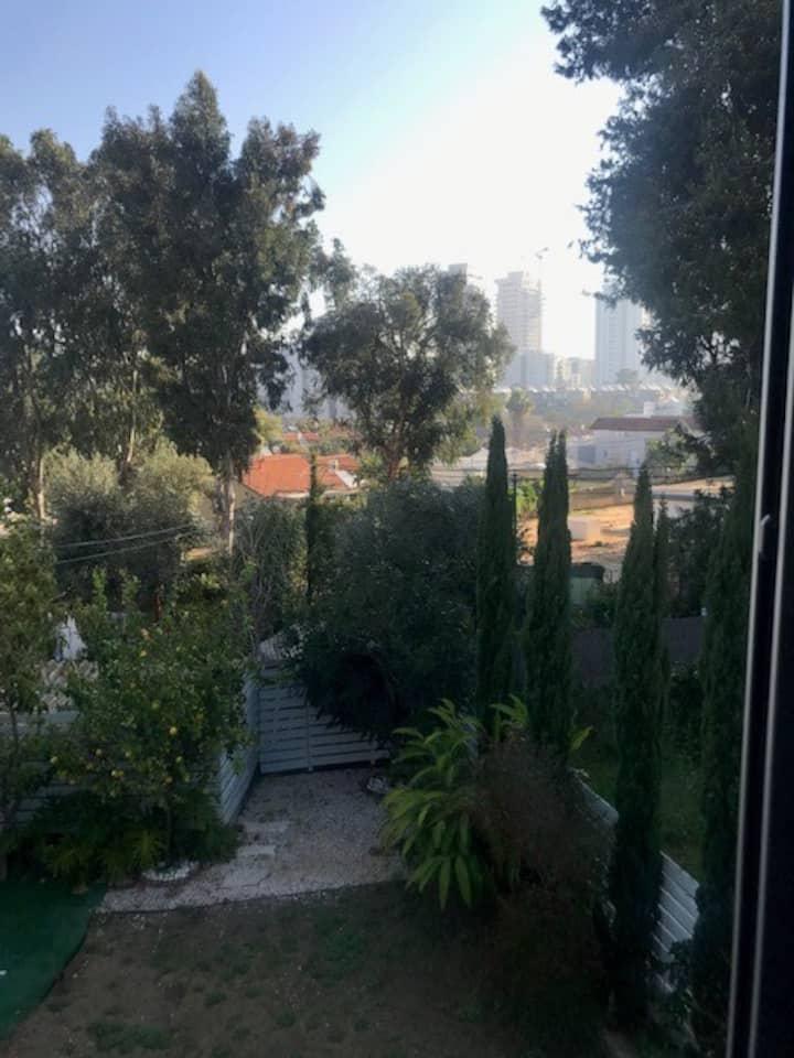 Luxury house in the best, safest part of Tel Aviv