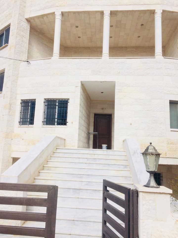 Furnished Private Apartment in Madaba
