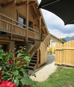 Bel appartement,avec jardin équipé - baratier  - Huoneisto