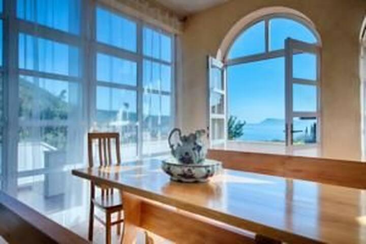 Eni - charming luxury apartment