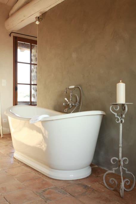 b b chambre avec vue chambres d 39 h tes louer beaumes de venise provence alpes c te d 39 azur. Black Bedroom Furniture Sets. Home Design Ideas