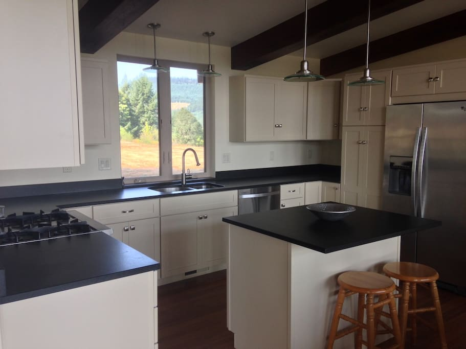 brand new kitchen with all appliances