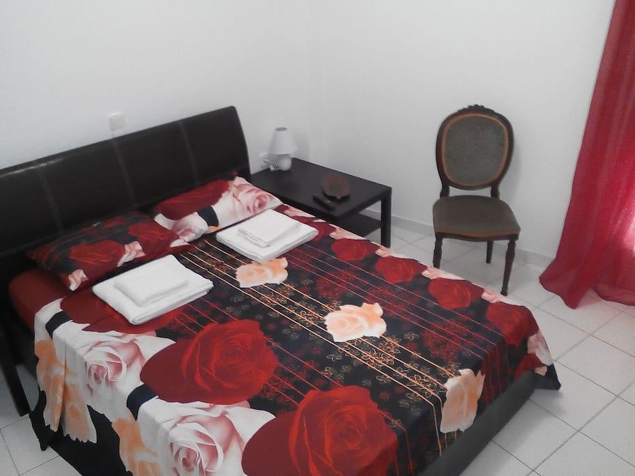 Red & Black Cozy Room