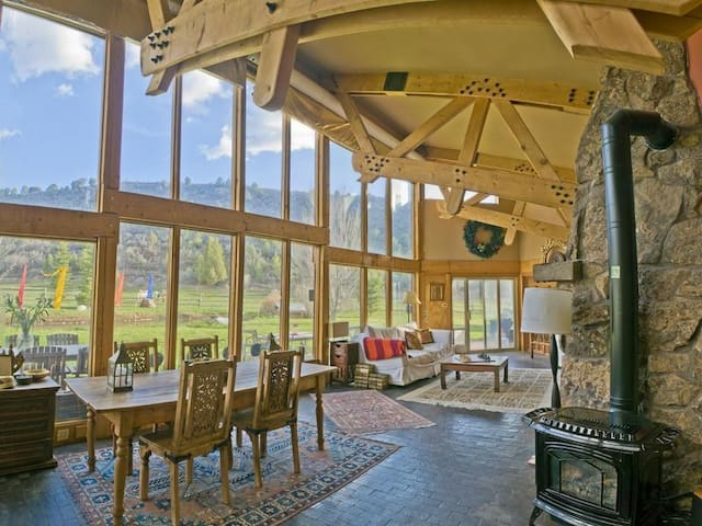 Gorgeous Boutique Ranch - Snowmass - Hus
