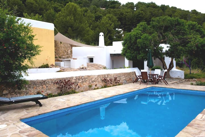 Typical Ibiza's villa, great view - sant josep - Villa