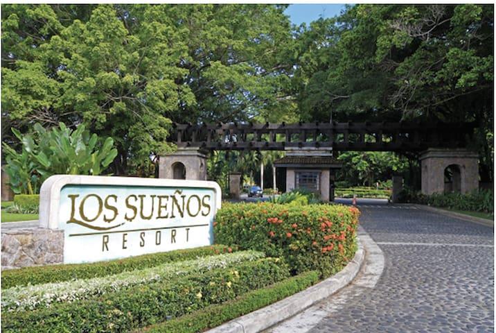 Luxury Apartment at Marriott Los Sueños Marina