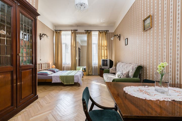 Saint Petersburg Style Apartment, Visa