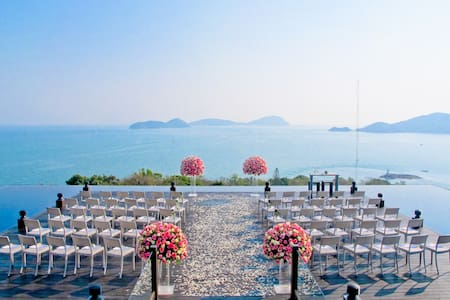 Best Wedding/Honeymoon Pack Phuket - Tambon Wichit