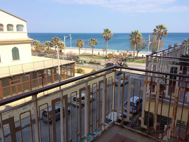Vacanze sul Mar Ionio in Calabria!! - Catanzaro - Apartamento