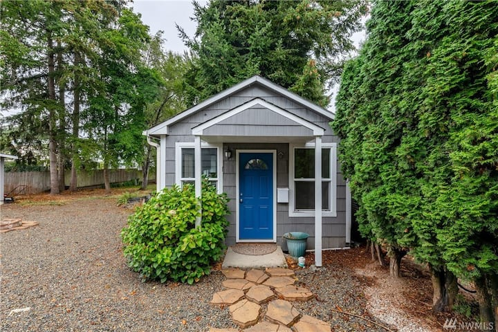 Tacoma Fern Hill Cottage