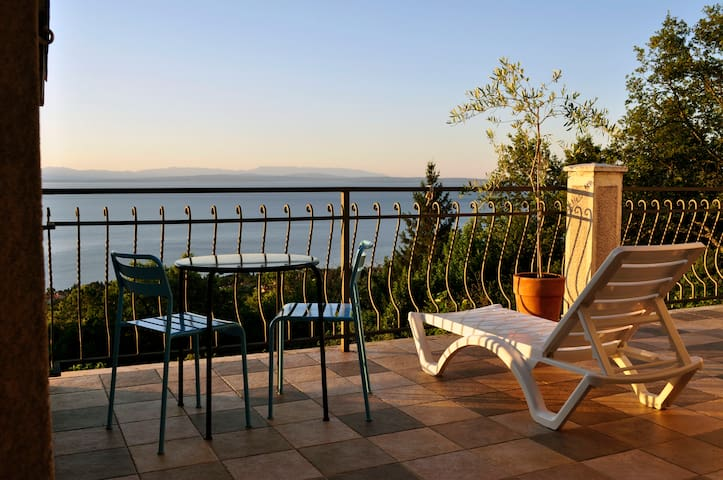 Private Double Room with own Bathroom - Opatija (Oprić) - Dům