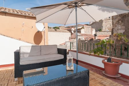 Studio Apartment with Roof Terrace - Cagliari