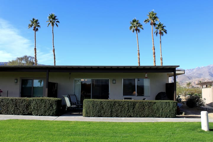 Club Circle Comfort Condo w/ Patio - Borrego Springs - Condominium