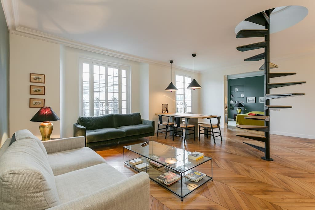 The large living-room offers plenty of space for 3 people