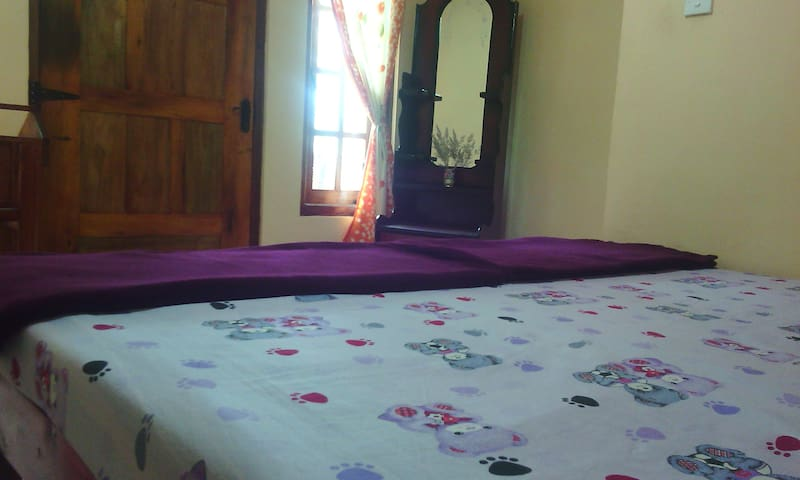 comfortable rooms with WiFi ,hot water