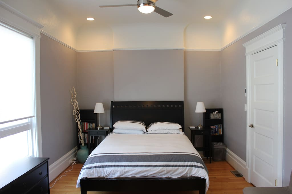 Bedroom with new and comfortable queen size bed