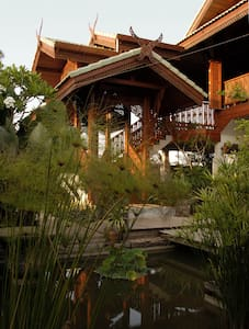 Teak Villa with garden in Mae Sot