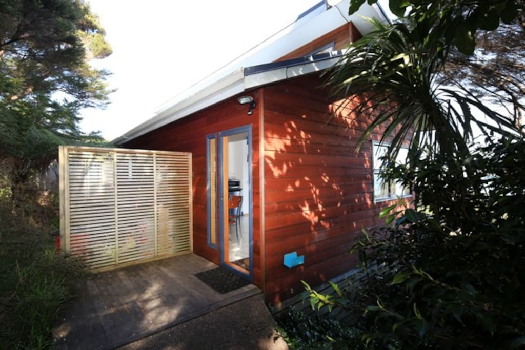Crosstrees Chalet self contained accommodation