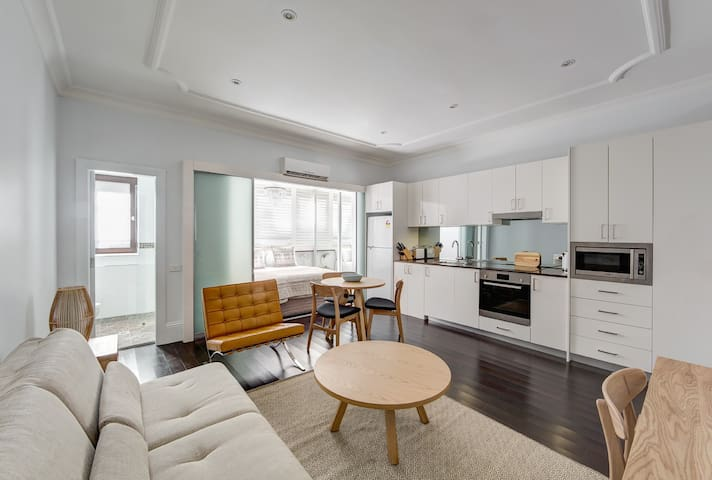 Ground Floor Executive Apartment, Potts Point