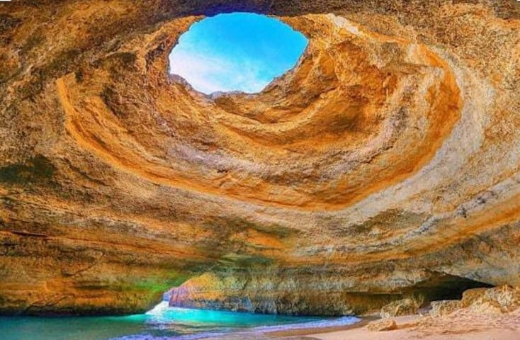 Sun + Beach = Apart. T2 in Algarve