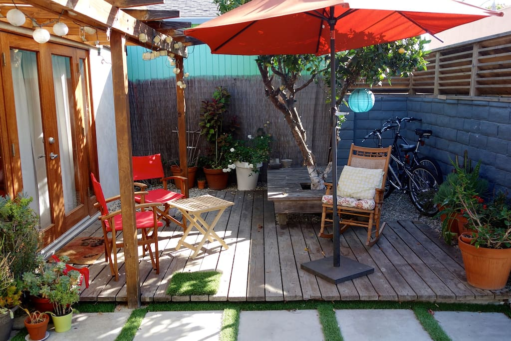 Morning light hits the patio area ... two bikes get you to the beach in 15 minutes.