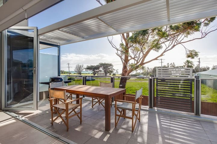 Luxe Beach Townhouse - Rye - Byt