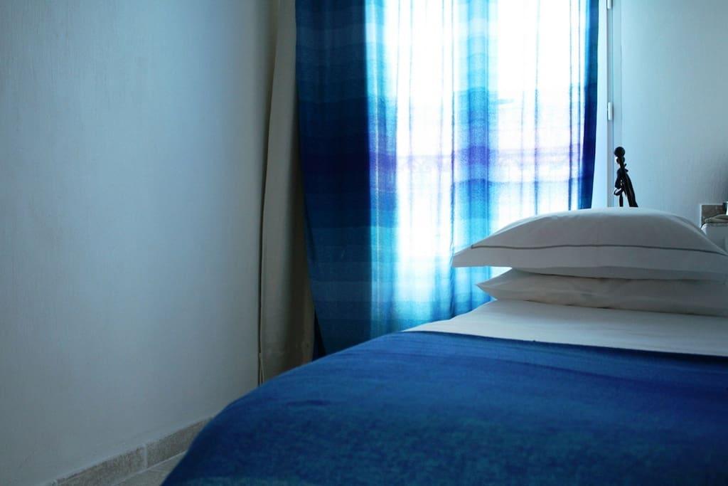 Boutique h tel le ryad chambre chaouen ou argane for Chambre d hotel marseille