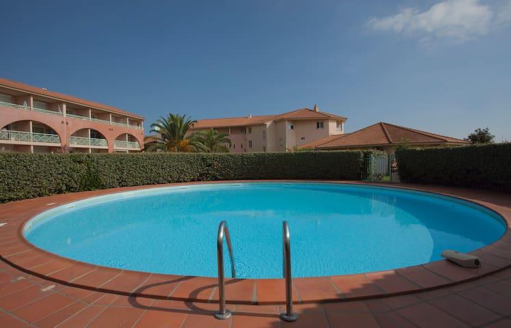 Bord de mer cadre idyllique piscine - Moriani Plage