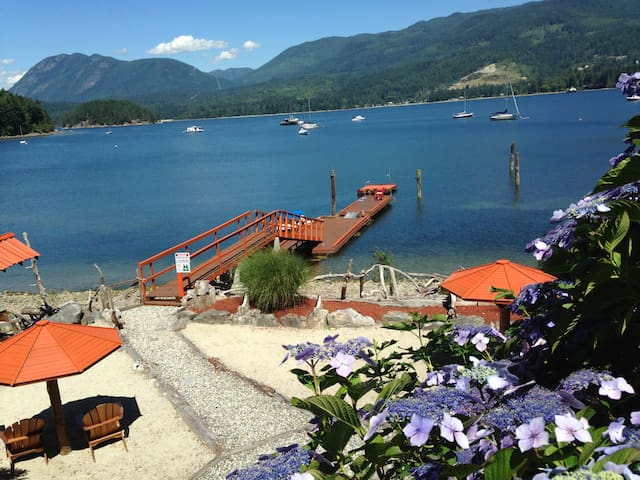Oceanside - Captain's  Luxury Suite - Sechelt - House