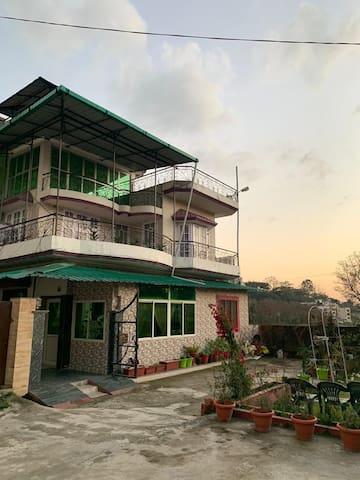 Lance's villa