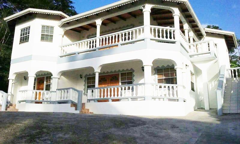 Apt#2 at K M Lodge, Mt Nesbit, St John, Grenada